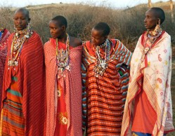 maasai_women_by_eocjtlels