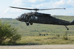 uh-60-black-hawk-2678878_1280